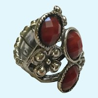 Red Beaded Silver-tone Floral Stretch Band Ring Size 6-6-1/2