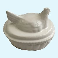 Vintage White Chicken on a Nest Trinket Box Made in Japan