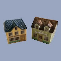 Dept 56 Town Buildings Salt and Pepper Shakers Bookstore & Coffee Shop