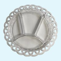 Four Divided Glass Plate Clear Swirl Loop Edge Design