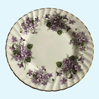 Royal Patrician Violets Salad Plate Scalloped Edges Gold Trim Fine Bone China England