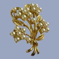 Faux Pearl Flowers Brooch Pin
