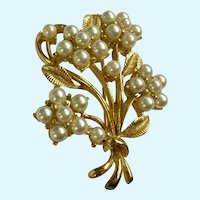 Faux Pearl Flowers Brooch Pin