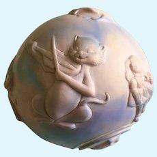 1965 Ashland Ohio Nursery Rhymes Baby Rubber Toy Ball Squeak Bell