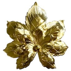 Gold-Tone Maple Leaf Brooch Pin Sarah Coventry