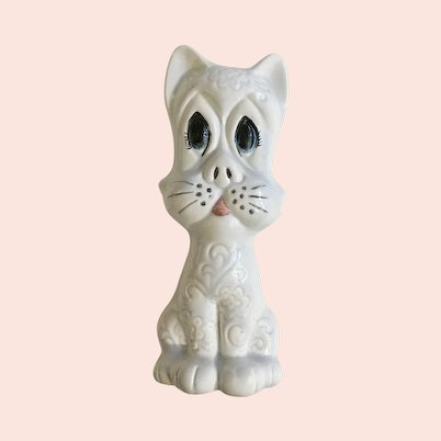 1971 Silly White Cat Figurine