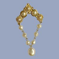 Vintage LCI Liz Claiborne Brooch Pin Gold-Tone and Faux Pearls