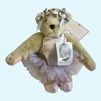 Muffy Vanderbear Paw De Deux Stuffed Teddy Bear Animal 1990