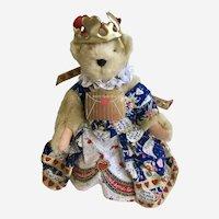 Muffy Vanderbear Queen of Hearts Stuffed Teddy Bear Animal 1993