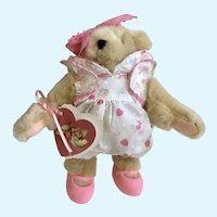 Muffy Vanderbear Valentine lll Token of Love Stuffed Teddy Bear Animal 1991