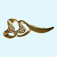 Gold-Tone Heart Ribbons Brooch Pin