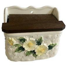 Rubens Originals Daisy Flowers Salt Wall Pocket Wood Lid Japan
