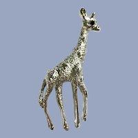 Gerry's Silver-tone Blue Eye Giraffe Pin