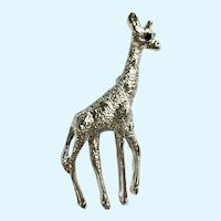 Gerry's Silver-tone Blue Eye Giraffe Pin