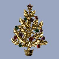 Eisenberg Ice Gold-tone Christmas Tree Rhinestone Brooch Pin