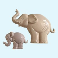 Pink Elephant Enesco Ceramic Wall Plaques 1985 Japan