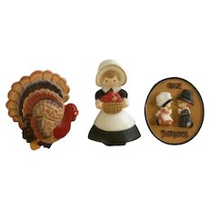 Hallmark Autumn Thanksgiving Turkey Pilgrims Plastic Pin Brooches