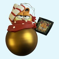 Christmas Garfield Cat Possible Dreams Glass Large Gold