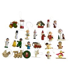 Vintage Wooden Christmas Ornaments 24 Pieces