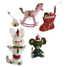 Cute Little Mid-Century Ornaments 5 Pieces