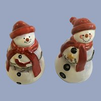 Adorable Christmas Snowman Salt & Pepper Shakers Ceramic CIC