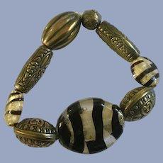 Safari Tiger Striped Black Glass Bracelet