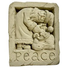 Peace Santa George Carruth Whimsical Christmas Wall Plaque Figurine Decoration