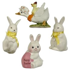 Vintage Easter Bunny Rabbit Figurines Ceramic Group