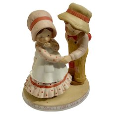 Holly Hobbie Special Love 1981 Figurine Valentine's Day Limited Edition