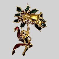 Smithsonian Christmas Angel Brooch Pin Avon