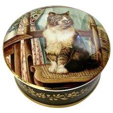 Beautiful Staffordshire Cat Trinket Box