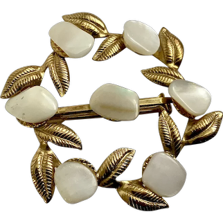 Faux Mother of Pearl Design Gold-tone Floral Brooch Pin