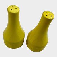 Bright Yellow Salt and Pepper Shakers Federalist Lemon Yellow (4236) Japan