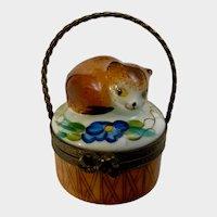 Limoges Peint Main Hand Painted Trinket Box Cat in a Basket