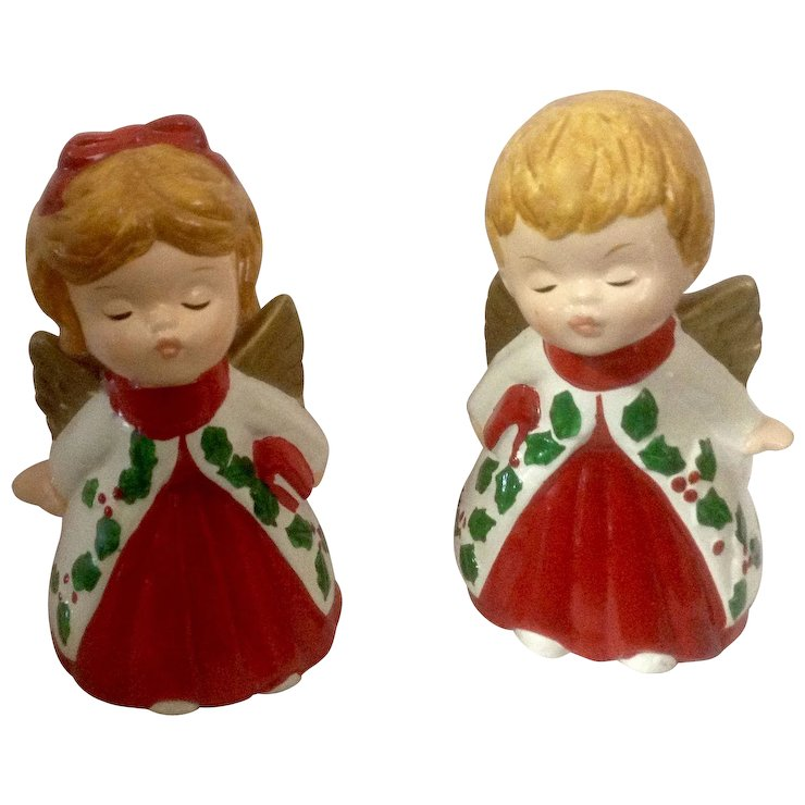 vintage pair christmas lefton kissing angel figurines marked 2801 - Christmas Angel Figurines