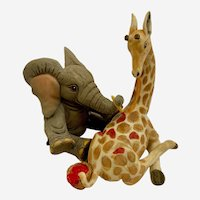 Tuskers The Adventures Of Henry Elephant With Giraffe Figurine #91255