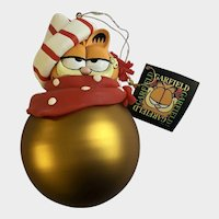 Christmas Garfield Cat Possible Dreams Glass Large Gold Ornament