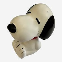 Mid-Century Snoopy Peanuts United Feature Syndicate Bank Made in Japan