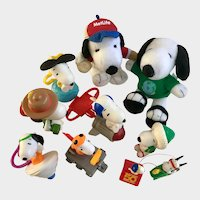 Vintage Snoopy Peanuts Cartoon Character Dogs Collection Group 10