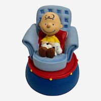 Snoopy Nap Time On Charlie Browns Lap #20733 Music Box Peanuts Westland