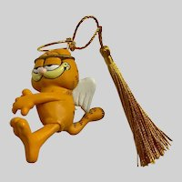 Garfield Angel Sitting on a Shooting Star Christmas Ornament