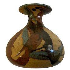 Art Pottery Stil Bud Brown Vase