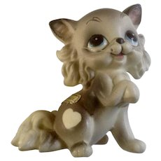 Josef Originals Sweetheart Kitten Kitty Cat with Whiskers and White Heart Hard to Find Vintage Animal Figurine