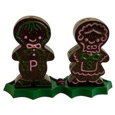 Adorable Gingerbread Salt & Pepper Christmas Shakers Plastic JSNY Hong Kong