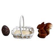 Goebel Salt & Pepper Shakers Squirrel with Pinecone in a Basket TMK-5 (1972-1979) Retired Figurines