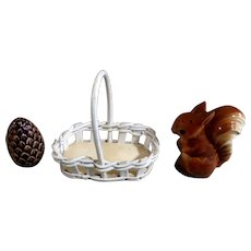 Goebel Salt & Pepper Shakers Squirrel with Pinecone in a Basket TMK-5 (1972-1979) Retired Figurines