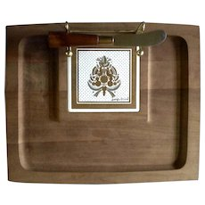 Vintage Georges Briard Wood Porcelain Tile Signed Footed Cheese Tray With Original Spreading Knife