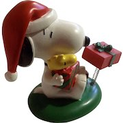 Rare Discontinued Christmas Gift Giving Ultimate Snoopy and Woodstock Hand Painted Danbury Mint Miniature Figurine