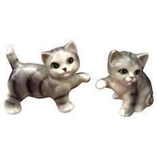 Japan Mid-Century Salt & Pepper Shakers Playful Cats Ceramic Figurines