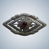Vintage Brooch Pin Eye with Red Rhinestone Center Creation Pewter Pot Metal